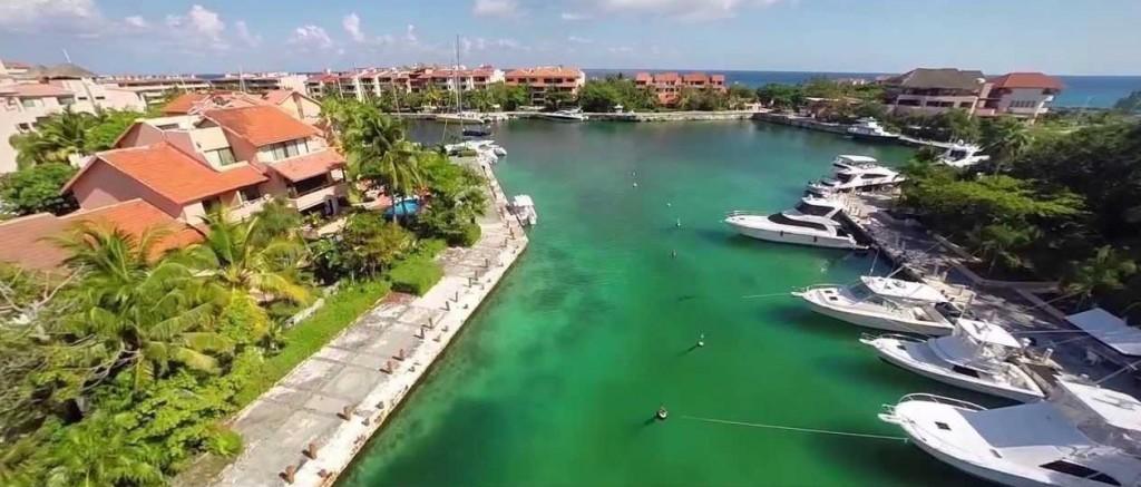 Private Catamaran Charters from Puerto Morelos, near Playa